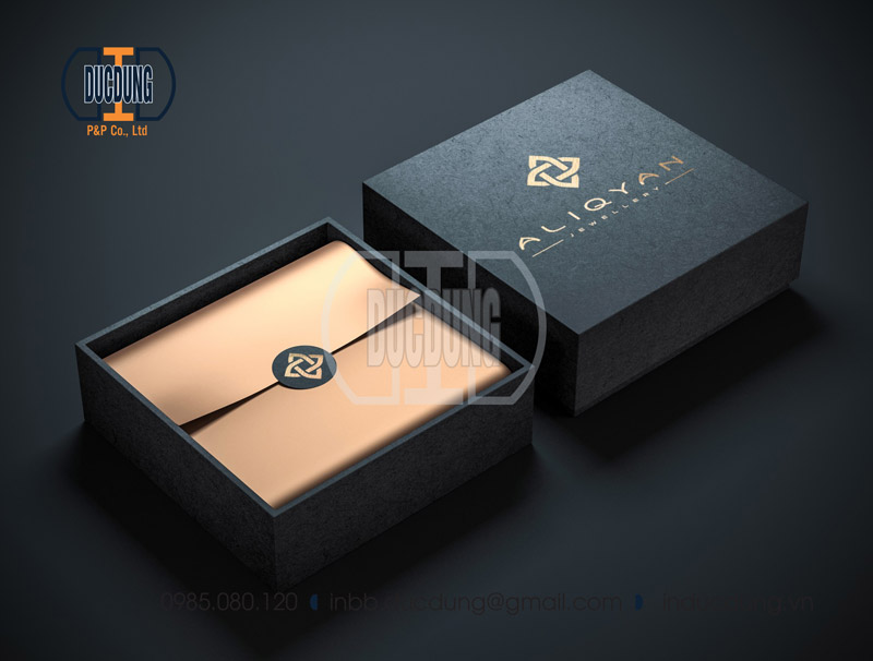 luxury box mockup4 1